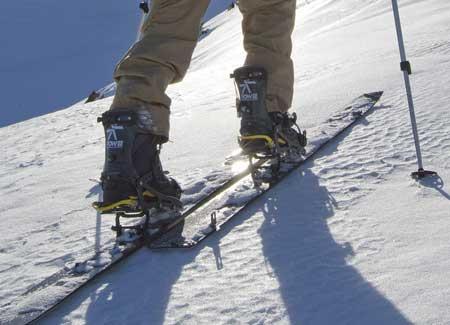 Split snowboard